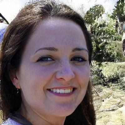 Photo of Erika C. - elementary math Writer for Hire - beewriters