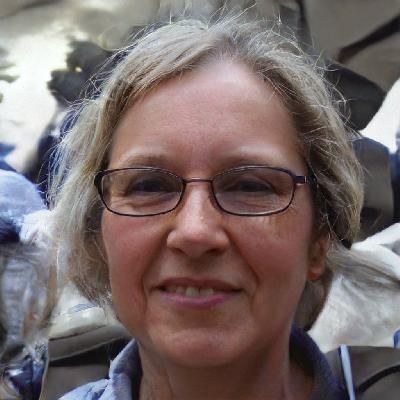 Photo of Ellen G. - biology Writer for Hire - beewriters
