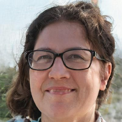 Photo of Andromeda B. - SAT reading Writer for Hire - beewriters